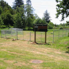 Coquille Dog Park at Fifth St Park in Coquille OR
